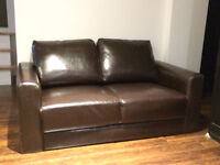 Brown leather sofa - loveseat