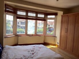 3 bedrooms and Studio Flat to let. Central line. 2 min walk to station. Bills included. Refurbished
