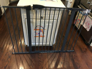 Munchkin Gate Buy Or Sell Gates Amp Monitors In Ontario