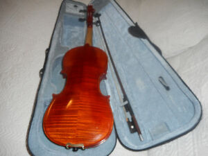 VIOLINS / FIDDLES  $300.00 to $650.00