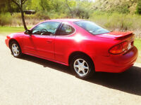 2001 ALERO COUPE 2DR SUPER CLEAN LOOKS AND FEELS LIKE NEW