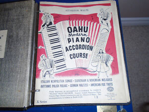 Accordian lessons booklets