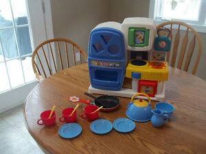Little Tikes Kitchen  Includes fridge, stove, oven, microwave