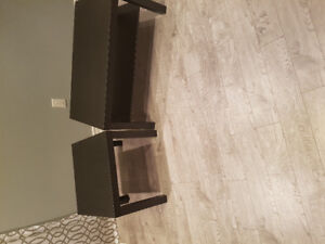 Center table and coffee table