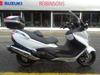 2014 SUZUKI BURGMAN 650 WHITE ONLY 1320 MILES TOP BOX