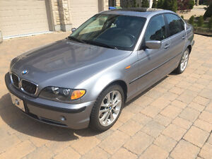 2005 BMW 330xi Sports Package Sedan