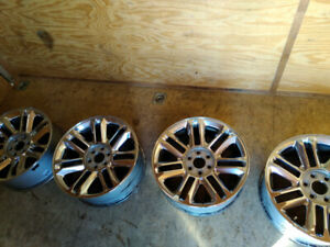 "Cadillac Escalade 22"" Platinum Edition Wheels + Blizzak Tires"