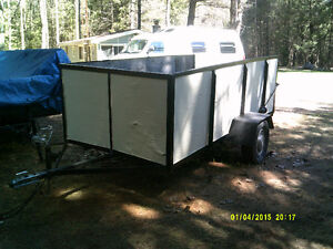 """Box trailer 9' 11"""" x 4' 8"""" with 14"""" tires"""