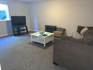 1 Bedroom, 1 Bathroom Suite 900 SF $1399 East Maple Ridge
