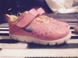 Girls size 8 Nike shoes
