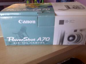 Canon Digital Camera 10x Zoom  3.2 Mega Pixels--New West Island Greater Montréal image 7