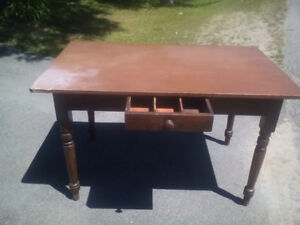 Antique 3 board kitchen table with drawer
