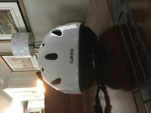 Ski/Snowbaord helmet - white