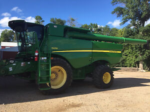 13' JD S670 W Prwd Moose Jaw Regina Area image 1