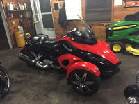 Can-Am Spyder GS  roadster SE5  semi automatic