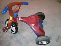 RadioFlyer 2 in 1 Trike / Chopper - New one sells for $340
