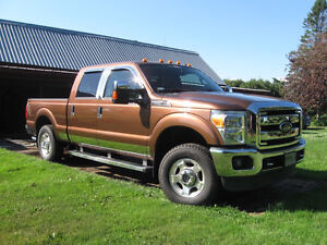 2011 Ford F-250 XLT CrewCab Camionnette