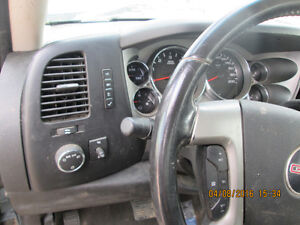 PARTING OUT 2008 GMC Sierra Edmonton Edmonton Area image 4