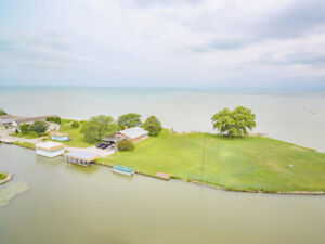 19100 PENINSULA - WATERFRONT REAL ESTATE FOR SALE