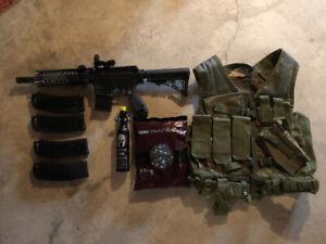 Tippmann TMC mag fed paintball gun + gear