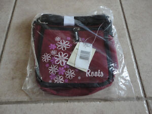 Roots burgundy crossbody messenger bag purse New with tags London Ontario image 4