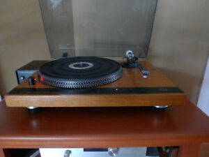 Monitor Audio ET 500 Direct Drive  Turntable