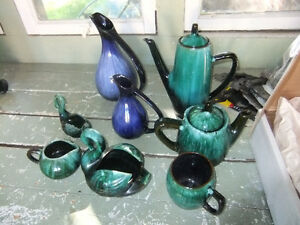 8 pieces of blue mountain pottery