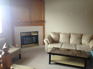 3 OR 4 BEDRM DUPLEX VIEW CITY PARK IMMEDIATE POSSESSION