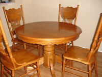 Oak Dining table, Leaf, and Chairs