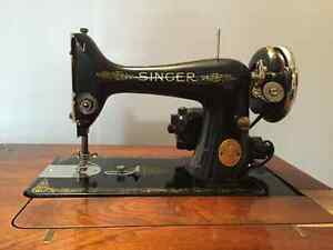1948 Singer Sewing Machine in Cabinet