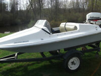 Great little boat motor and trailor
