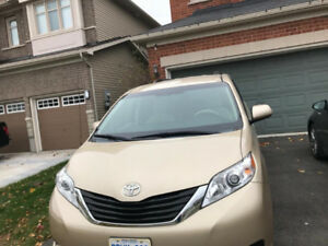 For SALE- 2013 Toyota Sienne LE