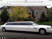 Now hiring Limousine Drivers profesional chauffeurs wanted