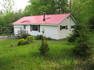 Cottage for rent at Lake George