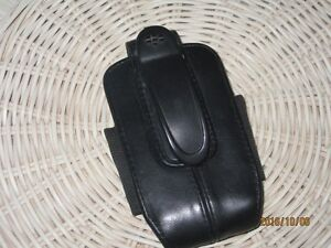 BLACKBERRY LEATHER HOLSTER West Island Greater Montréal image 2