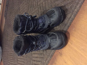 Geox Amphibiox  size 11 waterproof winter boot used good cond