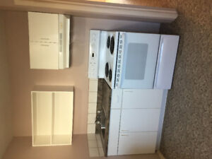 MAY 1 WEST SIDE  ONE BEDROOM BASEMANT SUITE CLOSE TO UNIVERSITY