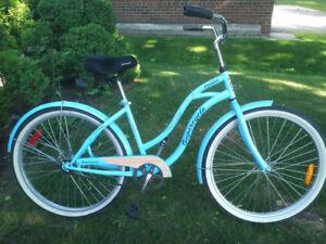 Ladies Supercycle Cruiser