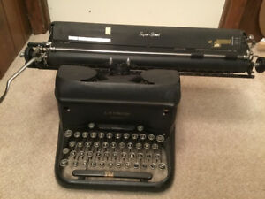 VERY HEAVY Old TYPEWRITER