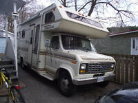 1989 24 FT FORD RV