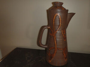 Mid-Century Vintage Laurentian Canada Pottery Coffee/Tea Pot