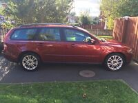 54 plate Volvo v50 estate 6 speed manual 2.0 diesel. Service history and 1 year MOT