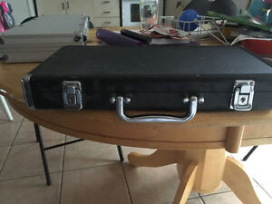 Complete Poker Set with Case London Ontario image 3