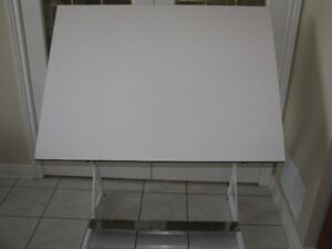 Drafting Table - Professional Quality