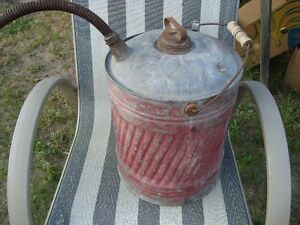 VINTAGE METAL 5 GAL GAS CAN