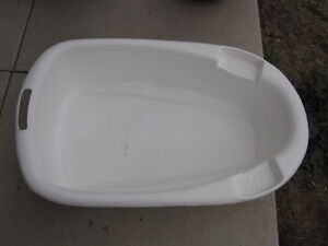 Small Bath Tub