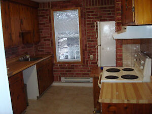 Available Nov 1-TWO BEDROOM UPPER DUPLEX - HEAYED