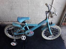 Apollo Sparkle Girls bike with stabilisers. 16 inch Wheels.