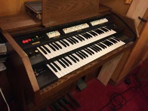Free Baldwin organ