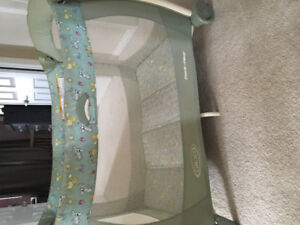 Play pen used